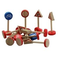 Set indicatoare rutiere din lemn