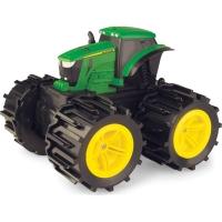 Tractor cu anvelope flexibile John Deere